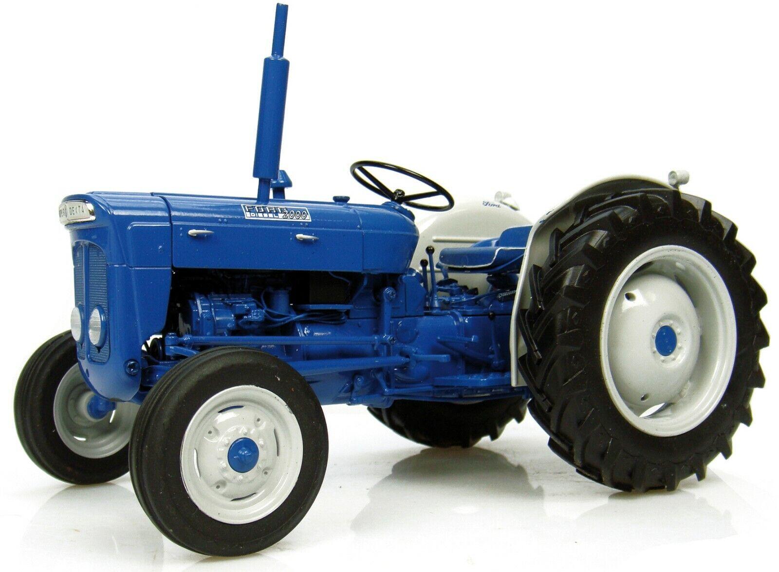 Fordson Super Dexta Diesel 2000 Traktor U.S.Version 1 16 Universal Hobbies