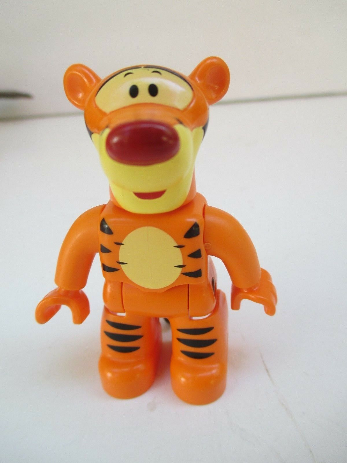 LEGO - Duplo Figure Winnie the Pooh, Tigger (Lego Ville) - VERY RARE 5601