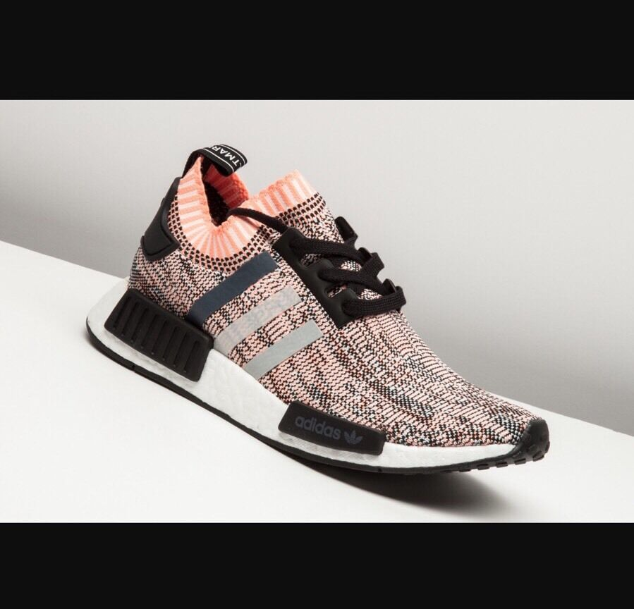 b83dde6e3 ... Adidas NMD R1 Primeknit Boost Boost Boost Salmon Pink Camo Athletic  Sneakers Running Shoe 8 355c11