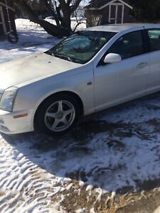 2005 cadillac sts 100000 kms.   $6300