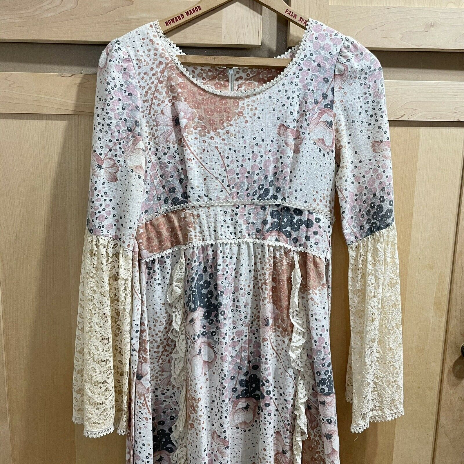 Vintage 70s Floral Maxi Dress Lace Sleeves Fairyc… - image 9