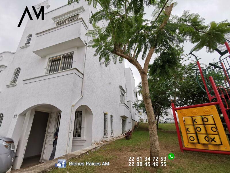 rento casa de 3 o 4 recamaras en Residencial  PUENTE DE TRIANA  por monte magno