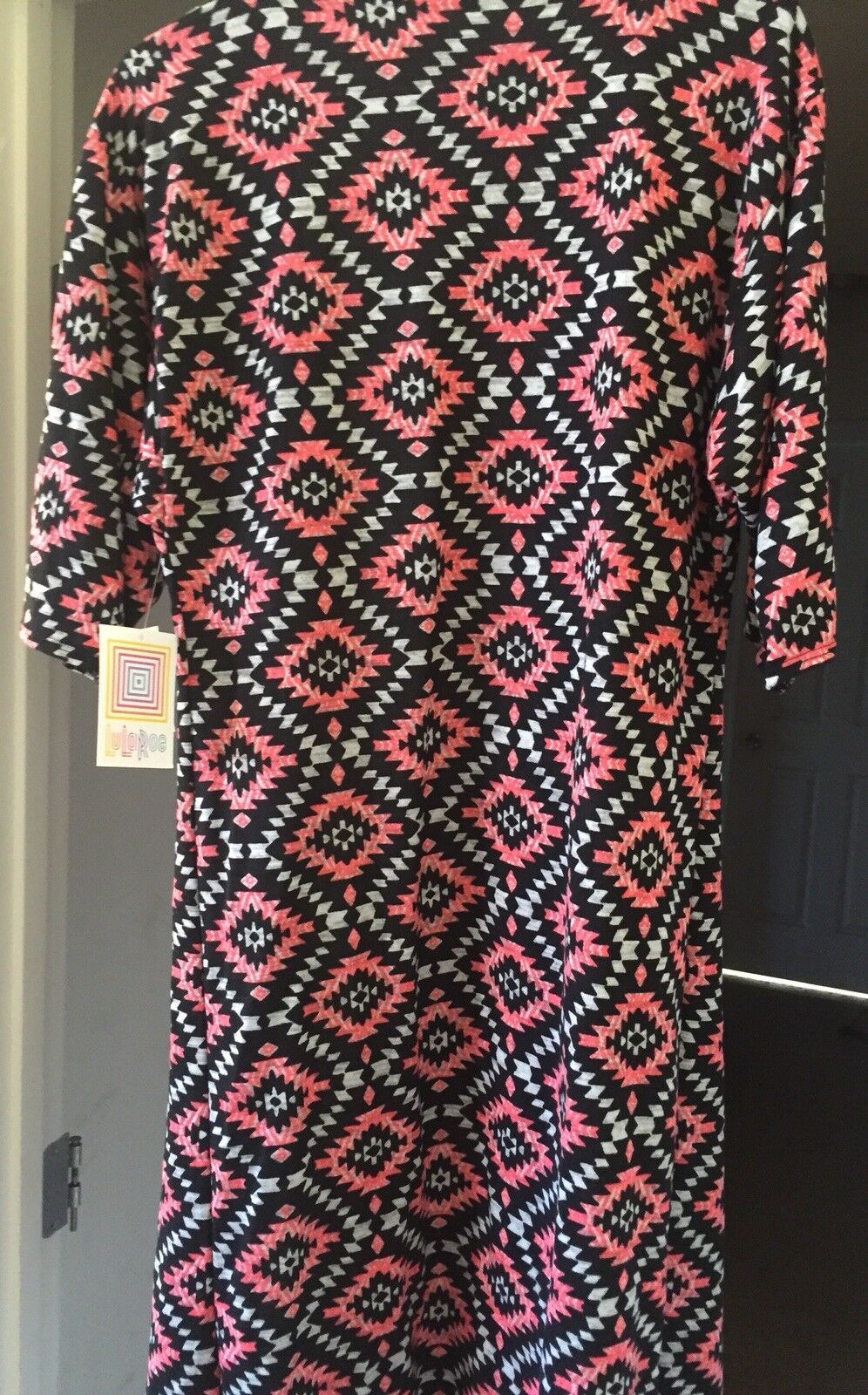 New LuLaRoe Small SHIRLEY Kimono schwarz Hot Rosa Soft Sweater
