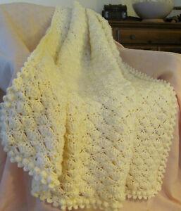 Padoo-Easy-Crochet-Afghan-Pattern