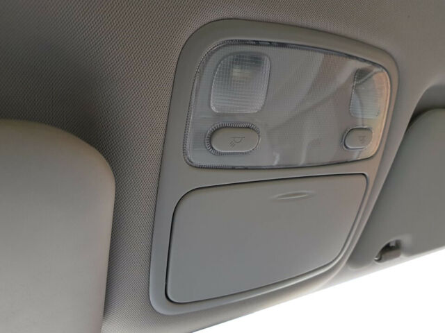 Cadillac GM OEM 13-17 XTS-Bumper Trim-Reflector Right 20874084