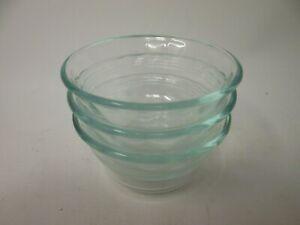 PYREX-Lt-Sage-Green-Glass-6-oz-Custard-Cup-Bowl-Set-of-3-Made-in-U-S-A-Vintage