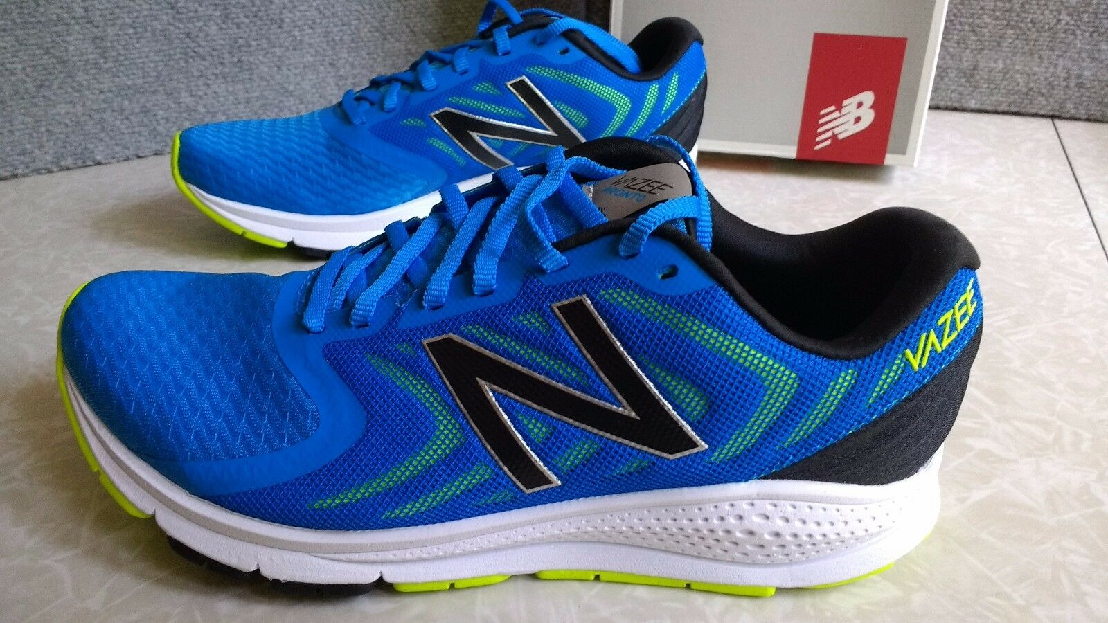 NWT  90. MSRP, Mens New Balance   MPRONCU1 Athletic Running Course shoes