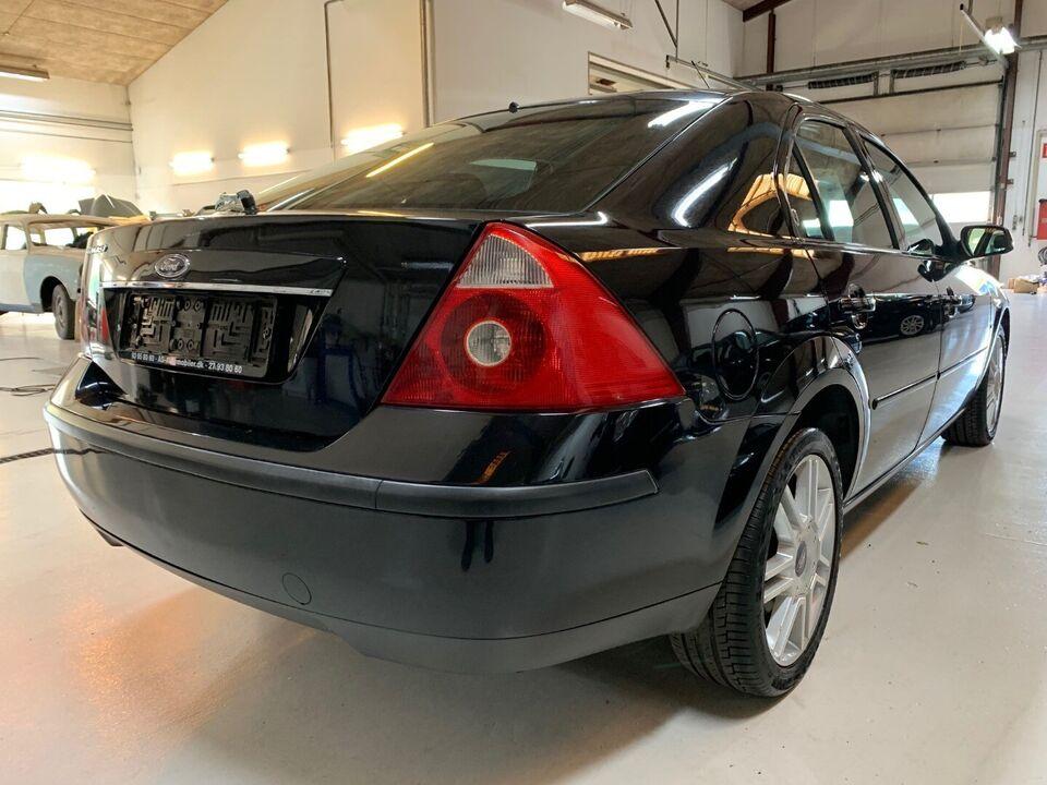 Ford Mondeo 2,5 V6 Ghia X aut. Benzin aut. Automatgear