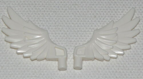 LEGO LOT OF 2 NEW WHITE CHIMA FEATHERED WINGS PIECES