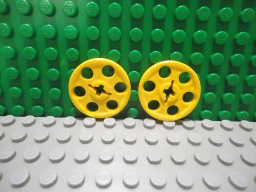 Lego 2 Yellow technic Wedge Belt Wheel