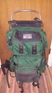 Image is loading Vintage-Jansport-External-Frame-Backpack-Hip-Wings-USA- 16fd076aceff3