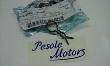 125447 FERMAGLIO FERMO SEDILE APE 601 ORIGINALE PIAGGIO 125447
