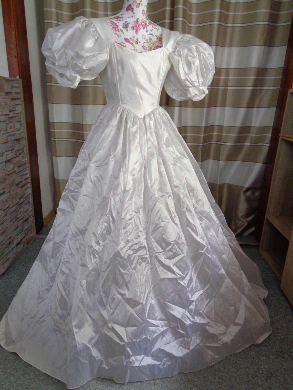 (21)Edles Damen Braut Standesamt Abend Kleid GR: 40
