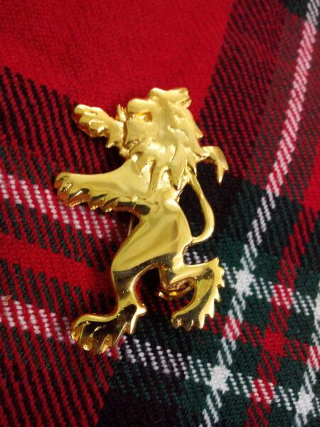 100% Verdadero León Escocés Desenfrenado Broche De Kilt Chapado En Oro / Highland Rampante Moda Atractiva