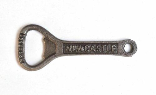 ANTIQUE STYLE NEWCASTLE BROWN ALE CAST IRON BOTTLE OPENER REAL ALE