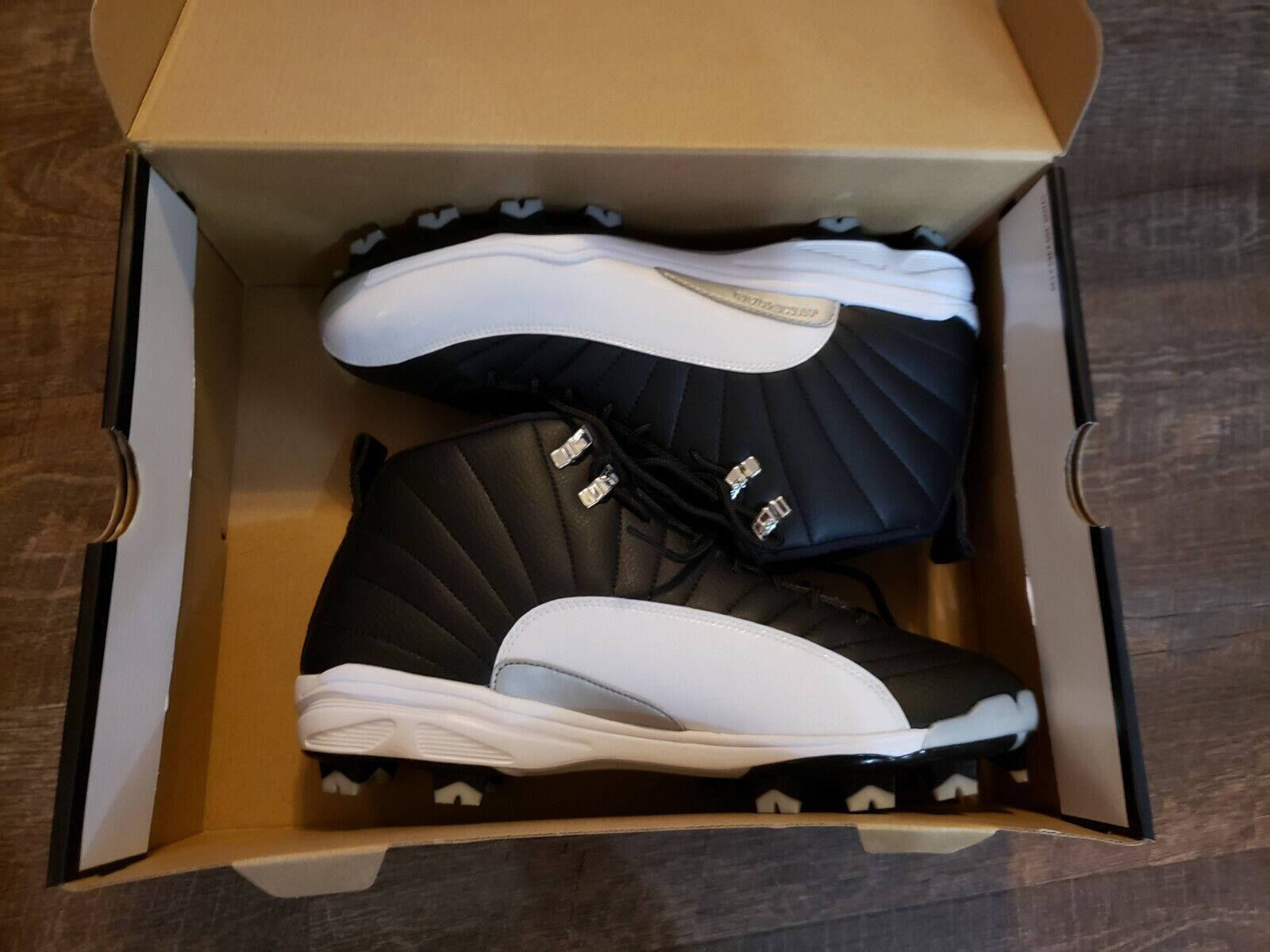 Nike Air Jordan Retro XII Cleats Playoff MCS 625219-001 Mens Sz. 11.5 New In Box