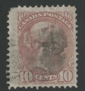 MOTON114-40-Small-Queen-10c-perf-12-1-4-X-12-1-4-Canada-used