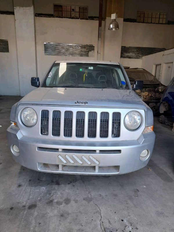 Stripping Jeep patriot for spares