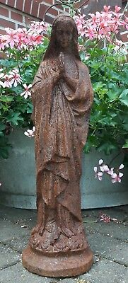 Friedhof,Park,Garten,Figuren,Skulptur Maria Muttergottes Grabstätte
