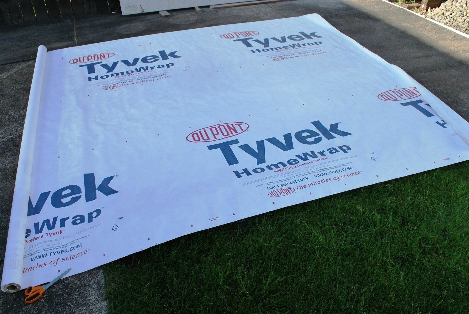 36 X 9 ft Tyvek DuPont Homewrap Ground Sheet Tarp Footprint Material --FREE SHIP