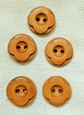 5 15mm Coconut Heart Buttons 2 Hole Flatback Sewing Craft UK SELLER  Knitting