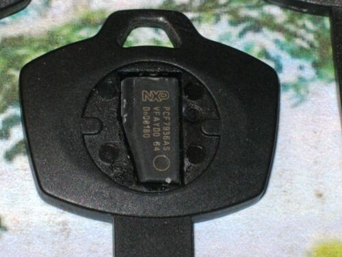 2 X BMW Plastic Emergency Wallet Spare Transponder Chip Valet Key NEW CHIP INCL!