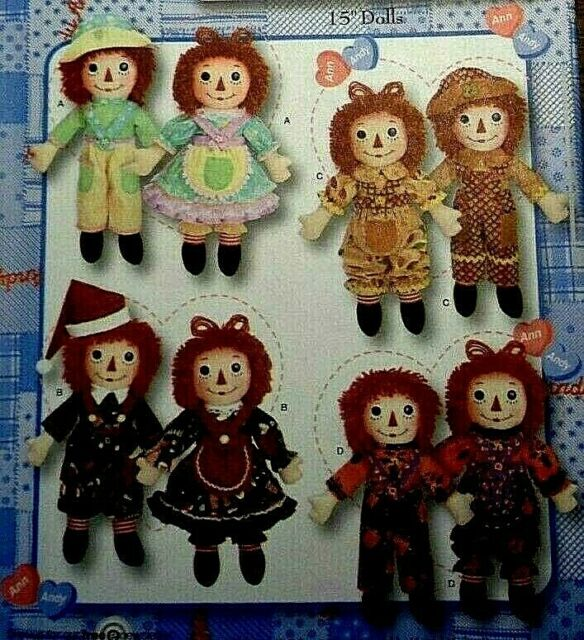 Simplicity 3945 Raggedy Ann and Andy 15 Dolls and Seasonal Clothing Pattern