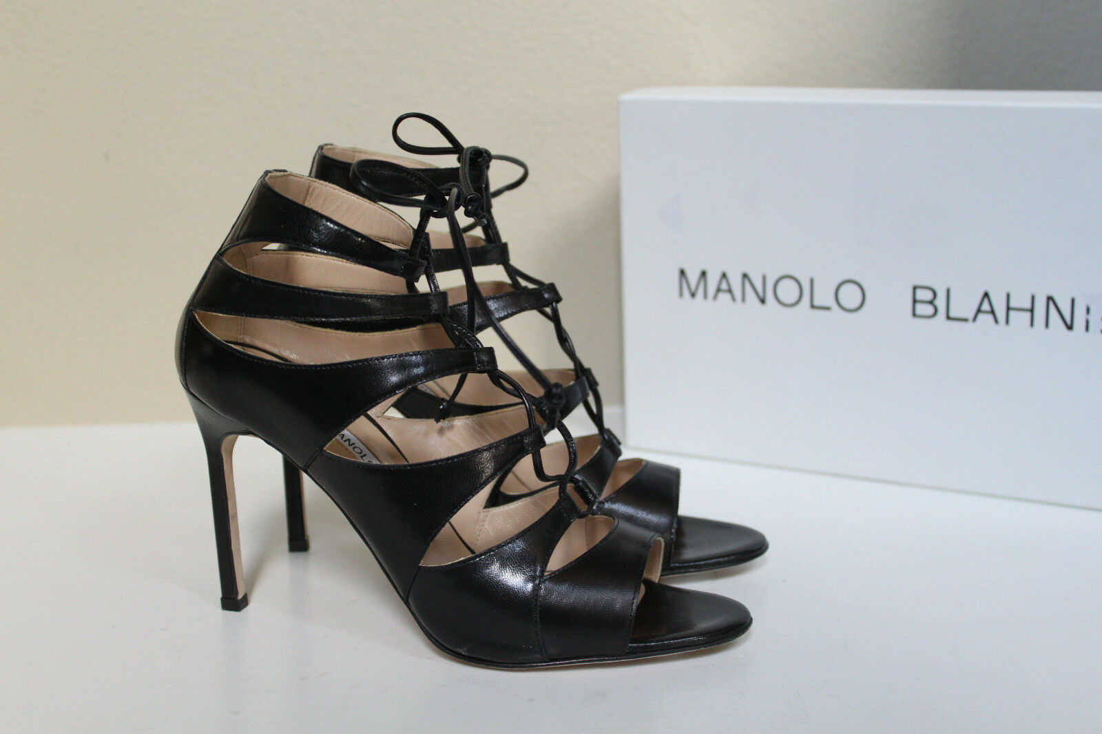 New sz 7.5   37.5 Manolo Blahnik Maisa Black Leather Lace up Ankle Sandal shoes
