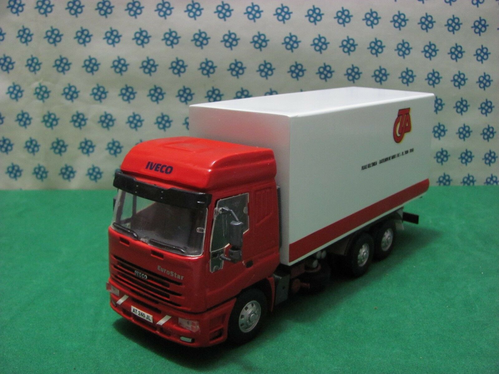 CAMION  IVECO Eurostar  3 Assi cab. media Furgone CTA -1/43 Old Cars Modificato | Terrific Value