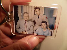 ELVIS PRESLEY  & MOTHER &FATHER EARLY YEARS  LARGE   KEY RING