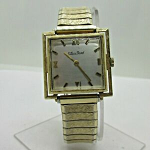 Vintage Lucien Piccard LP49 17J 14k Solid Gold Watch with Gold Plated Band