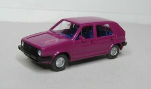 Wiking-1-87-VW-Golf-II-especial-color-rosa-Ie-azul-oscuro