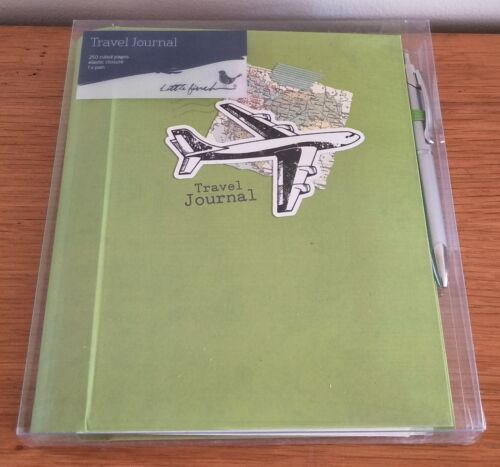 NEW LITTLE FINCH Travel Journal 250 ruled pages, elastic closure, 1 x pen