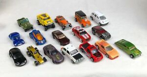Lot-Of-17-Hot-Wheels-More-Die-Cast-Cars-Trucks-Jeeps-Hot-Rods-Vehicles-Vintage