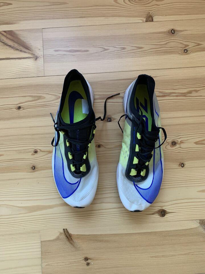 Løbesko, Sko, Nike zoom fly 3