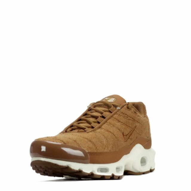 official photos 58913 1682a Nike Air Max Plus Quilted Men s Running Training Shoes Ale Brown Sail  806262 200