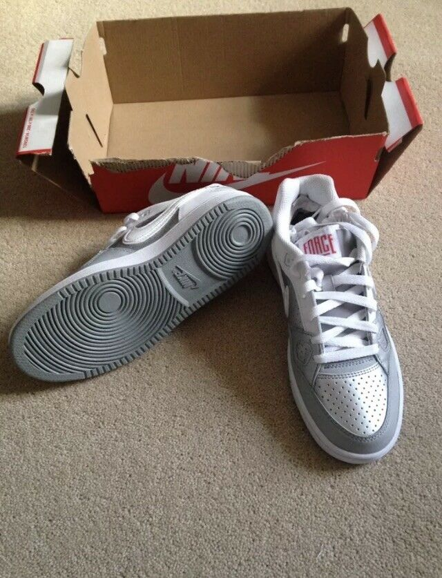 NIKE SON OF FORCE WOMENS TRAINERS UK SIZE 4