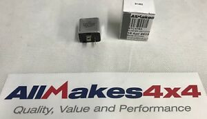 Allmakes-4x4-Land-Rover-Series-3-amp-Defender-flasher-relay-12V-2-pin-STC4793