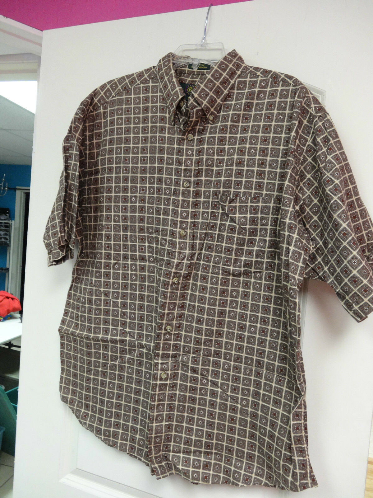 Mens CR Club Room Shirt Size Large Brown Tan Rust Button Front Short Sleeve