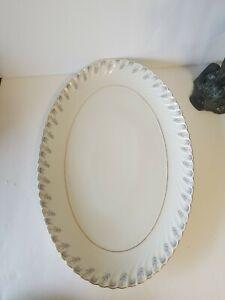 Vintage-Royal-Tettau-Oval-Serving-Platter-hard-to-find-discontinued-pattern