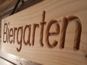 BIERGARTEN-Holzschild-mit-gefraester-Gravur-Holz-Douglasie-massiv-Blickfang