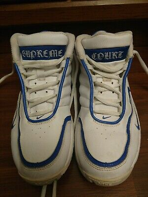 Susceptibles a Tractor Objetivo  Vintage Boys Nike Basketball Shoes Supreme Court Uptempo Size 4Y White &  Blue 826215427155 | eBay