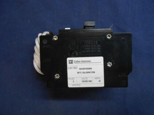 NEW IN BOX CUTLER HAMMER QCGF2020 V  CIRCUIT BREAKER W//GROUND FAULT 20A 2-P