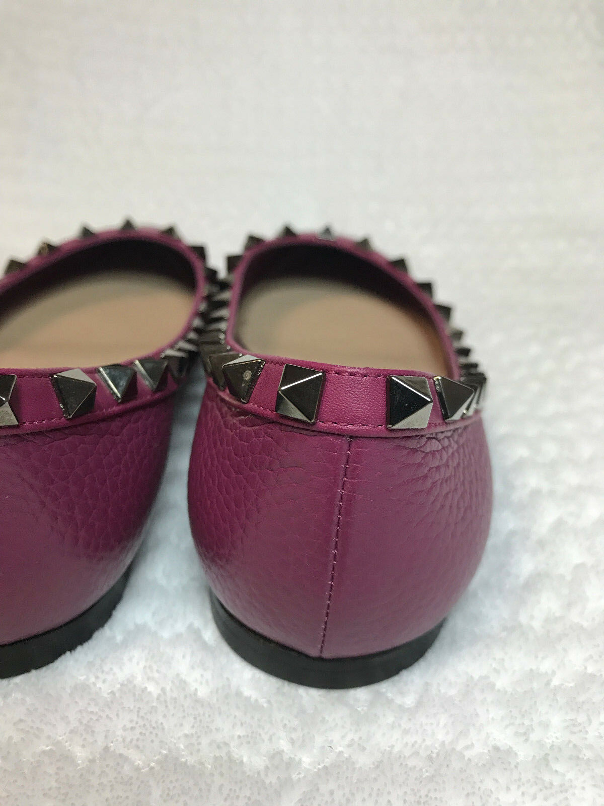 Valentino Rockstud Rolling leather flat ballerinas magenta /cranberry flat leather shoes 6/36 aa0802