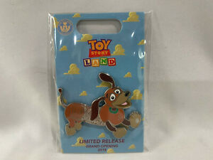 2018-Loungefly-Toy-Story-Land-Grand-Opening-Limited-Release-Pin-Slinky-Dog-New