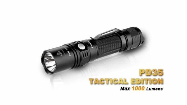 Fenix PD35TAC PD35 Cree XP-L LED 1000 Lumen Strobe inkl. Batterien und Holster