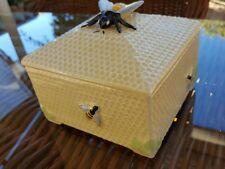 1930's Honeycomb Box honeypot by Fieldings Crown Devon 558