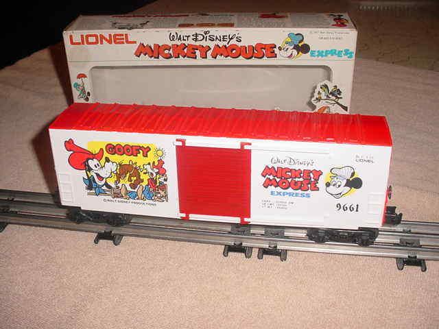 LIONEL BOX CAR W.D. M.M.  EXPRESS-GOOFY   0-027 ga.