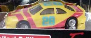 1-87-Ford-Thunderbird-Stock-Car-yellow-yellow-Nr-28-Monogram-2083