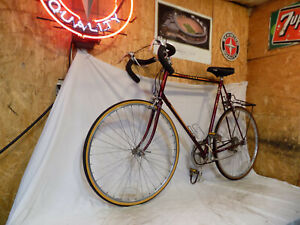 VINTAGE PEUGEOT TALL MENS 12-SPEED ROAD BIKE FRANCE RACING BORDEAUX MARCIELLE 10